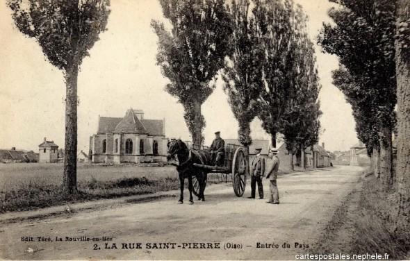 Grossier 1354807211-La-Rue-Saint-Pierre-Entree-du-Pays