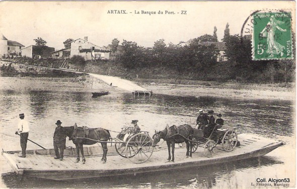 Alcyon53 1360361439-ARTAIX-barque-du-port