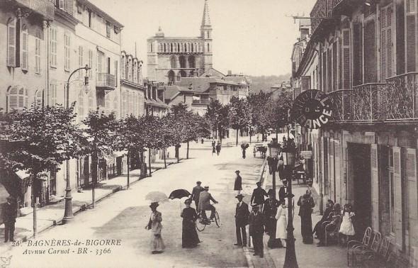 carte-postale-ancienne-BAGNERES-de-BIGORRE
