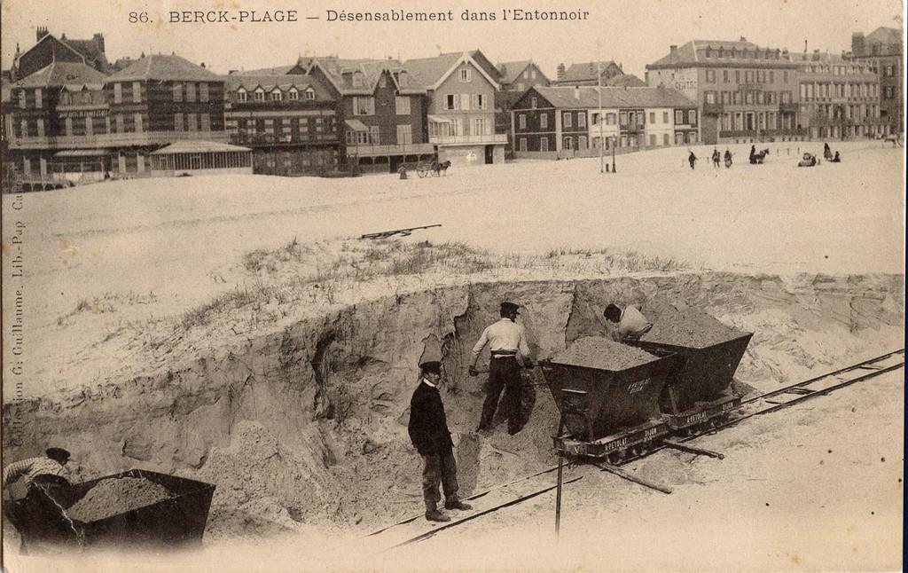 Berck plage l 39 entonnoir berck plage cartes postales anciennes sur cparama - Ville de berck sur mer office du tourisme ...