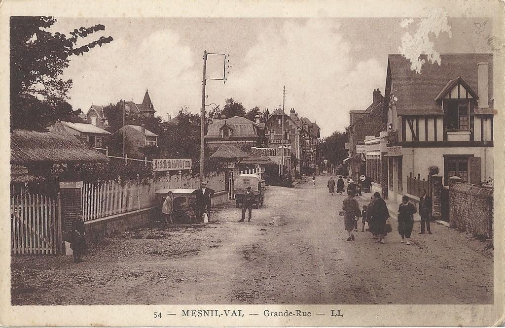 Le Mesnil-au-Val : 50 - Manche | Cartes Postales Anciennes sur CPArama