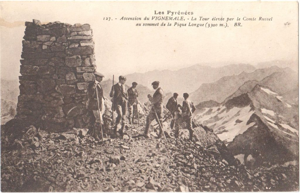 L'ascension du Vignemale- carte postale ancienne