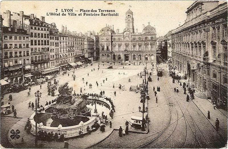 Lyon   Place des Terreaux : Lyon | Cartes Postales Anciennes sur