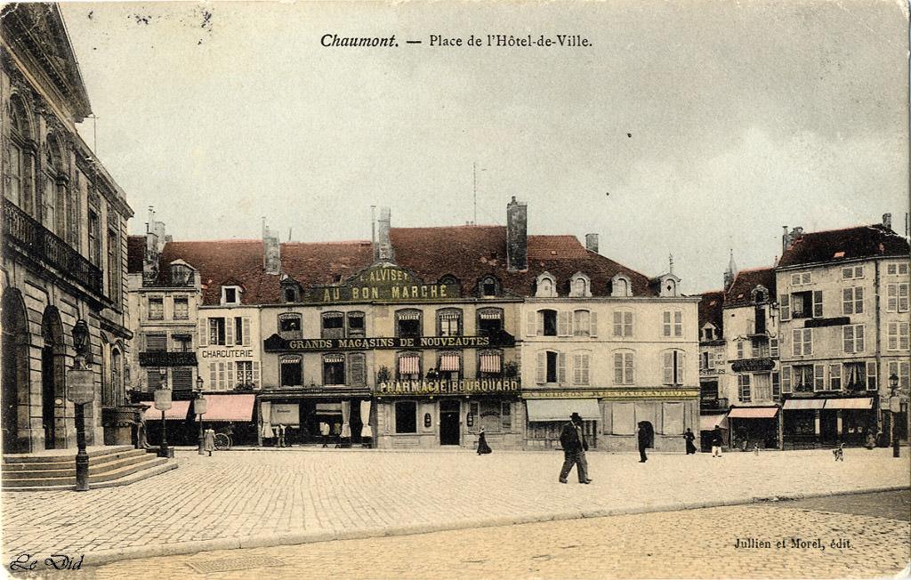 chaumont place de l 39 h tel de ville chaumont cartes postales anciennes sur cparama. Black Bedroom Furniture Sets. Home Design Ideas