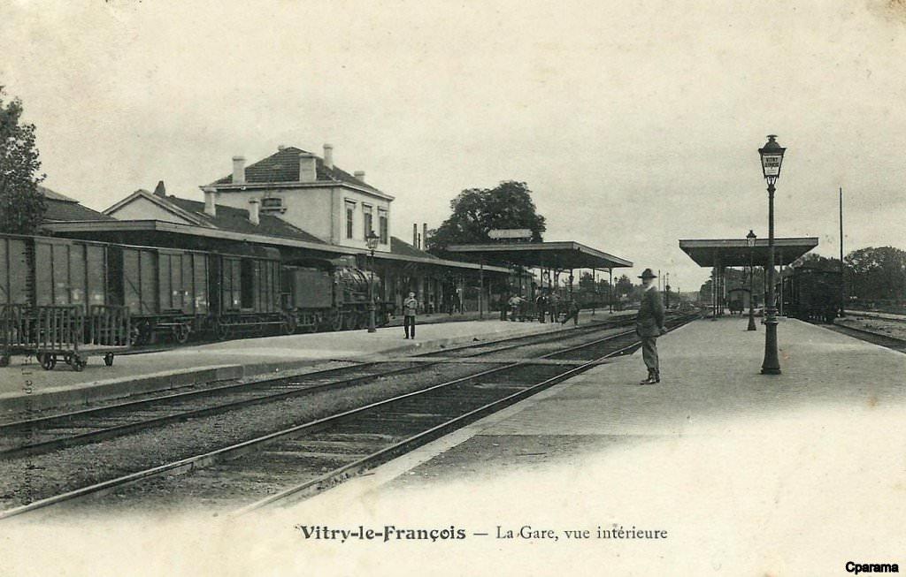 Vitry le fran ois 51 marne cartes postales anciennes for Garage vitry le francois