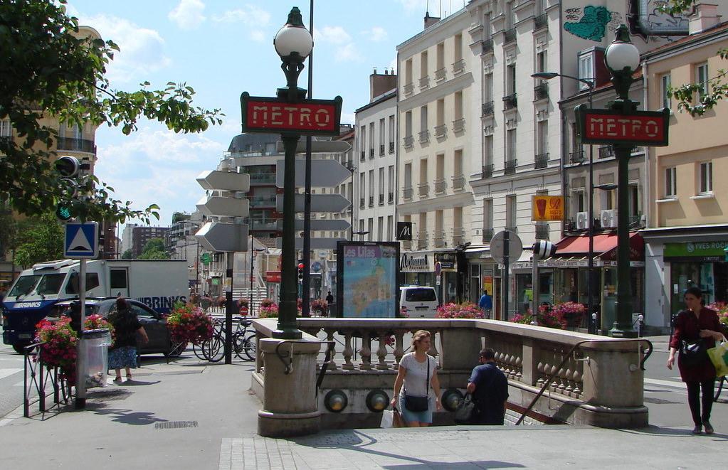 Le m tropolitain de paris ligne 11 paris hier - Piscine mairie des lilas ...