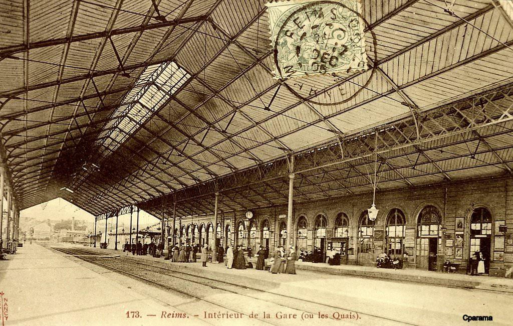 Reims marne cartes postales d 39 hier et photos d aujourd hui cartes postales anciennes sur for Marquise ancienne