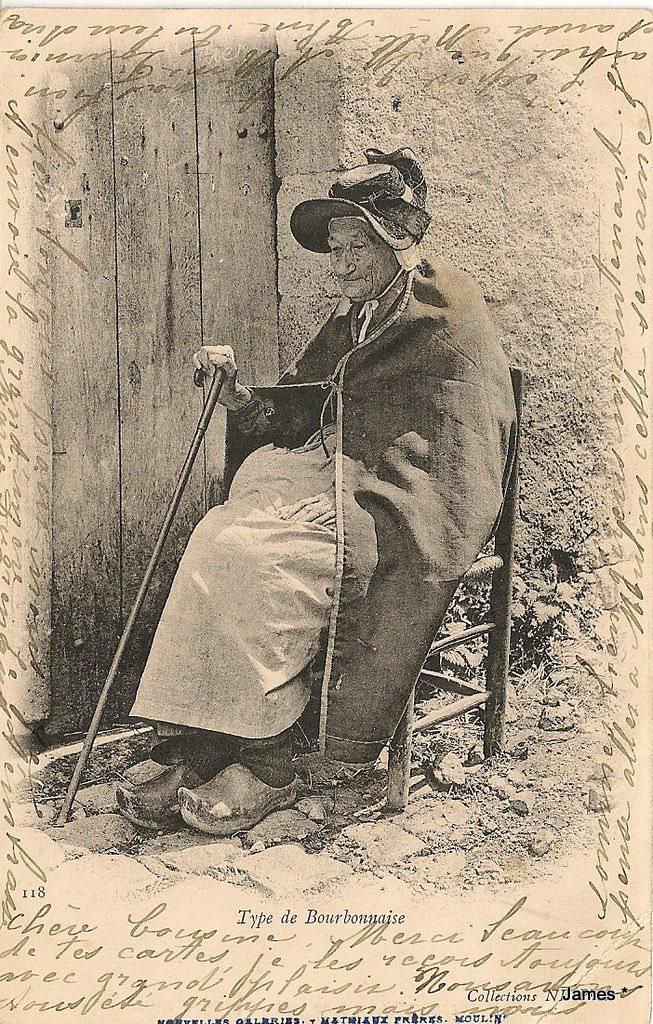 Les cartes postales anciennes font toujours un carton