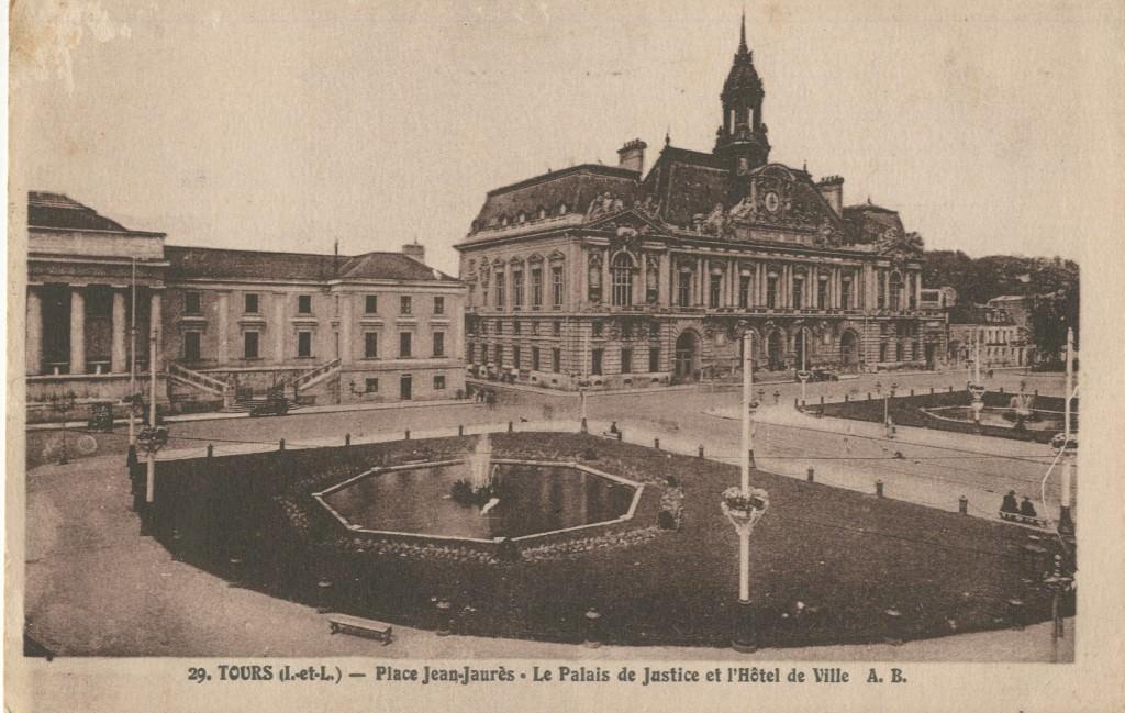 37 CPA TOURS Place Jean Jaurès