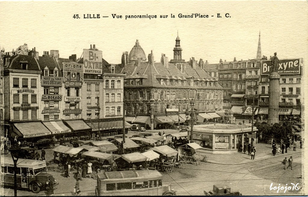 1517076312-59-Lille-Grand-Place.jpg