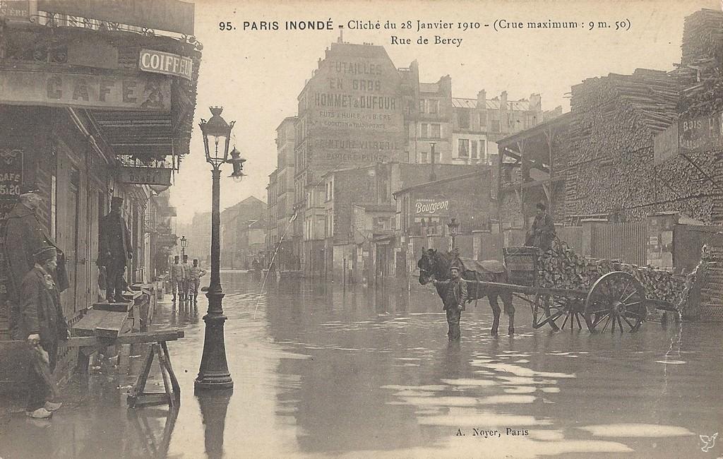 paris rue de bercy paris xiie arr cartes postales anciennes sur cparama. Black Bedroom Furniture Sets. Home Design Ideas