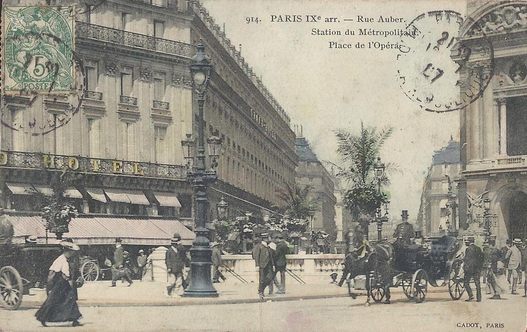 rues animées a paris