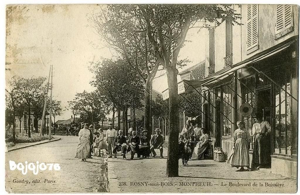RosnysousBois  93  SeineSaintDenis  Cartes Postales  ~ Commissariat De Montreuil Sous Bois